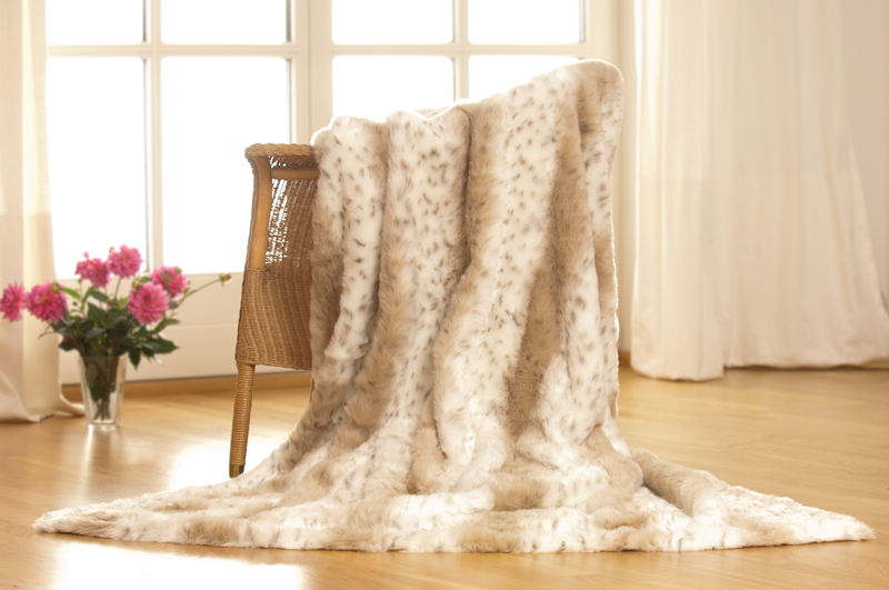 berwurfdecke hermelin felldecke 150x200 pelzdecke fellimitat fell faux fur ebay. Black Bedroom Furniture Sets. Home Design Ideas